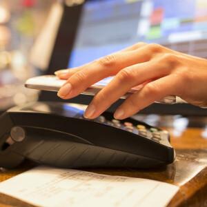 Mit dem Handy bezahlen: So geht's