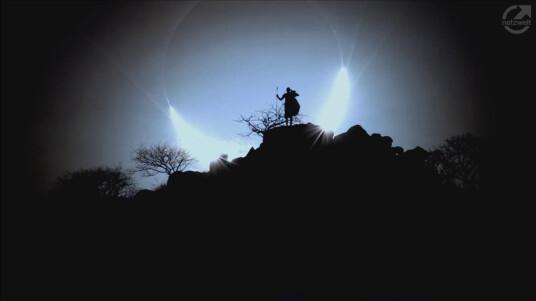 Im Tech-Talk netzwelt live sind wir für euch im Gespräch mit Eugen Kamenew, dem deutschen Preisträger des Astronomy Photographer of the Year 2014. Wir klären eure Fragen, sprechen über sein Gewinnerbild ''Hybrid Solar Eclipse'' und führen euch in die Geheimnisse der Astrofotografie ein.