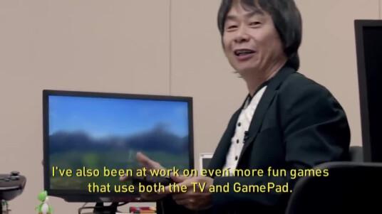 Nach vielen Spekulationen und endlosen Diskussionen hat Nintendo bestätigt, dass wir in diesem video das erste Gameplay von Star Fox Wii U erblicken. Auf dem unkenntlich gemachten Bildschirm hinter Super Mario-Schöpfer Shigeru Miyamoto ist zu sehen, beziehungsweise zu erahnen dass sich der fliegende Fuchs-Pilot dort versteckt. Die Neuauflage von Star Fox erscheint 2015 exklusiv für die Wii U.