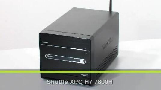 Der Shuttle XPC H7 7800H kommt im typischen Schuttle Design daher. Der Würfel ist mit einem AMD Athlon X2 6000+ und einer Nvidia Geforce 8200 ausgestattet. So ist auch der genuss von Filmen in Full-HD Auflösung kein Problem.