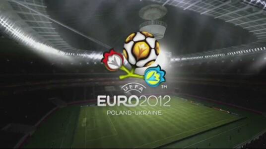 Mit dem UEFA EURO 2012-DLC haben Spieler von FIFA 2012 die Möglichkeit die EM 2012, auf ihrer PlayStation 3, Xbox 360 oder dem PC, selbst zu erleben. Dieser erste Trailer gibt einen kleinen Eindruck davon, was den Spieler erwartet. Neben den lizenzierten Mannschaften sind auch alle Spielstätten, in Polen und der Ukraine, enthalten.
