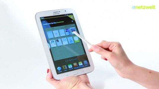 Mit dem acht Zoll großen Galaxy Note 8.0 hat Samsung die optimale Größe für ein Tablet gefunden, das mit Stift bedient werden soll. Wer will, kann beim Testgerät fast vollständig vermeiden, den Touchscreen mit den Fingern zu berühren.