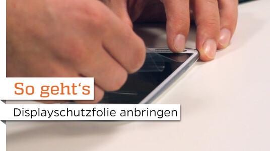 So geht's: Displayschutzfolie staubfrei auf dem Smartphone anbringen