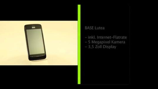 Mit dem Base Lutea präsentiert der Mobilfunkanbieter Base ein solides Einsteiger-Smartphone. Im Preis von monatlich 14 Euro ist bereits eine Internet-Flatrate enthalten.