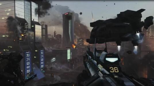 Das erfolgreichste Franchise geht wieder einmal in die nächste Runde. Activision Blizzard und Sledgehammer Games haben auf der E3 2014 eine Gameplay-Demo zu Call of Duty: Advanced Warfare enthüllt. Das neun minütige Video zeigt Gameplay einer Einzelspieler-Mission. Der Ego-Shooter orientiert sich eher an der Spieldynamik von Titanfall, als an seinen eigenen Vorgängern. Mit Sci-Fi-Waffen, Jetpacks und Kampfanzügen wird ein futuristischer Krieg geführt. Im Fordergrund stehen diesmal vor allem Söldner und Privatarmeen.  Der Release soll am 04. November 2014 für PS3, PS4, Xbox 360, Xbox One und PC erfolgen.