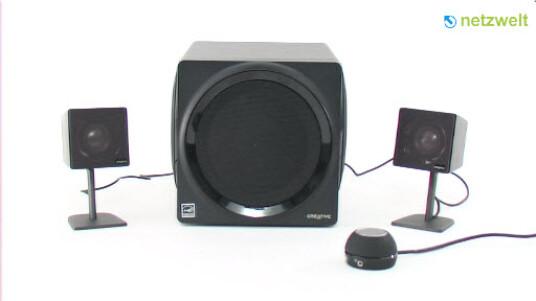 Das 2.1 Lautsprechersystem punktet mit einer guten Verarbeitung. Auch wenn der Subwoofer des Gigaworks T3 ordentlich Druck macht hätte Creative das Soundsystem besser aufeinander abstimmen können.