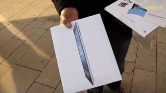 Die dritte iPad-Generation liegt seit dem 16. März in den Apple Stores und in der netzwelt-Redaktion. Die ersten glücklichen Käufer halten ihr neues Tablet in der Hand und in der Redaktion begannen die ersten Tests.