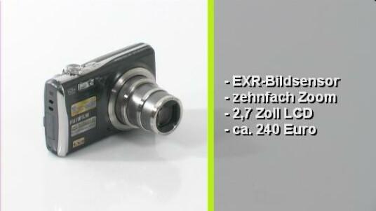 Die Finepix F70EXR ist die zweite kompakte Digitalkamera, die Fujifilm mit seinem Super-CCD-EXR-Sensor ausstattet. Die als revolutionär angepriesene Technologie soll unter anderem den Dynamikumfang erhöhen.