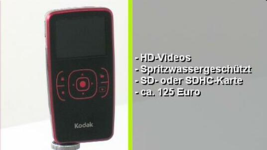 Die Hosentaschen-Kameras sind in den Staaten schon seit längerem der letzte Schrei. Die Kodak Zx1 nimmt Filme in HD auf und ist Spritzwasser geschützt - das richtige für Outdoor-Aktivitäten. Auch sonst ist die Kamera robust verarbeitet und liegt angenehm in der Hand. Einfache Bedienung und gute Bildqualität zu einem fairen Preis können überzeugen.