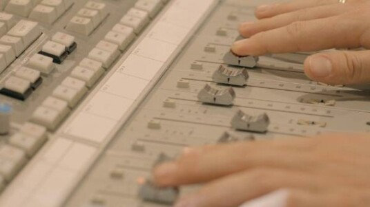 Tausende Menschen verliehen dem neuen Remix