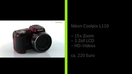 Mit der Coolpix L110 bietet Nikon eine günstige Bridgekamera an, die sich nicht für das Wettrennen um den größten Zoombereich interessiert. Ihr Objektiv verfügt aber immer noch über einen 15-fachen Zoom.