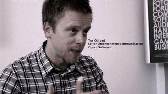 Tor Odland, Leiter Unternehmenskommunikation Opera Software, spricht im netzwelt-Interview über die Zukunft des Surfens, Apples Lizenzierungspolitik und stellt das neue, unveröffentlichte Opera Mobile 10 für Android vor.