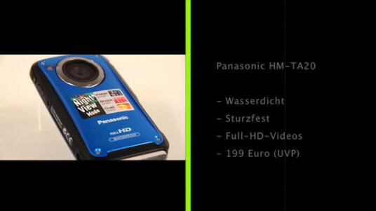 1,5 Meter stürzen und drei Meter tauchen: Der Pocket-Camcorder HM-TA20 von Panasonic hält einiges aus und nimmt Videos in Full-HD-Auflösung auf.