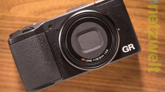 Die Ricoh GR bietet Fotografen mit ihrem großen CMOS-Sensor und einer lichtstarken Festbrennweite die Voraussetzung für eine gute Bildqualität an. Im Test auf netzwelt zeigt sich, ob die GR nicht nur auf dem Datenblatt eine gute Bildqualität verspricht, sondern diese auch im Alltag umsetzt.