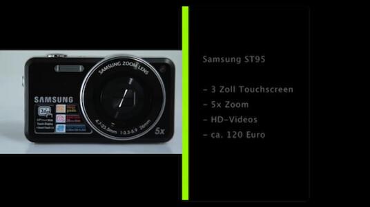 Die Bedienung der Samsung ST95 erfolgt über einen drei Zoll großen Touchscreen. Dem Fotografen bietet die Kamera unter anderem ein Objektiv mit fünffachem Zoom und zeichnet Videos in HD-Auflösung auf.