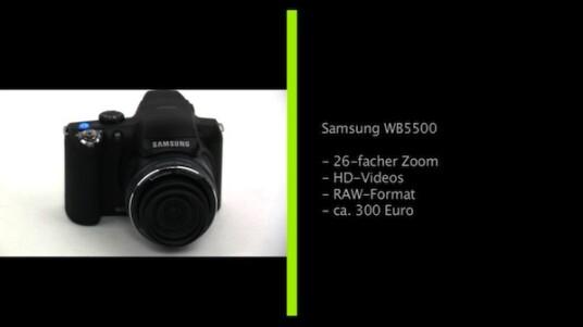 Leicht überarbeitete Bridgekamera: Auffälligste Neuerung der Samsung WB5500 gegenüber dem Vorgängermodell sind ein größerer Zoom und eine höhere Auflösung. Gehäuse und die übrige Ausstattung blieben nahezu unverändert.