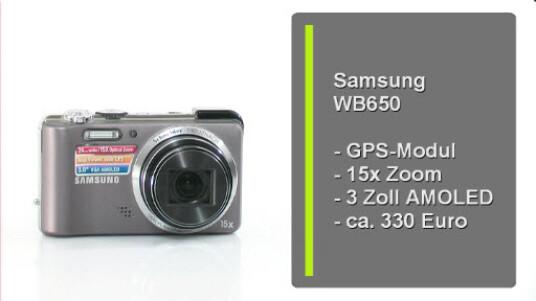 Die Samsung WB650 ist eine Digitalkamera mit eingebautem GPS Empfänger. Demtentsprechend fügt die Kamera auf Wunsch den Metadaten der Bilder Geokoordinaten hinzu.