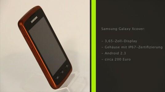 Man kann es verbuddeln oder in einem Bierglas versenken: Mit dem Samsung Galaxy Xcover präsentiert der Hersteller ein robustes Outdoor-Smartphone.