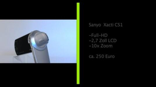 Handlicher Camcorder mit großer Auflösung: Der Sanyo Xacti CS1 nimmt Videos in Full-HD-Auflösung auf und passt mit eingeklapptem Monitor noch in die Hosentasche. Die Bedienung weist kleine Unstimmigkeiten auf, dafür fällt die Bildqualität besser aus, als bei zahlreichen teureren Geräten.