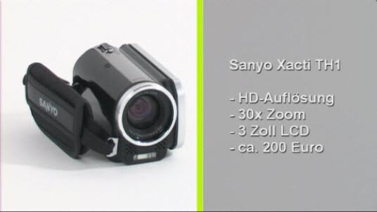 Die Sanyo Xacti TH1 bietet für einen Preis von rund 200 Euro durchaus ansehnliche Aufnahmen. Auch die Bildqualität der HD-Videos kann für den Preis überzeugen. Außerdem verfügt der Camcorder über einen sehr gut arbeitenden, automatischen Weißabgleich.