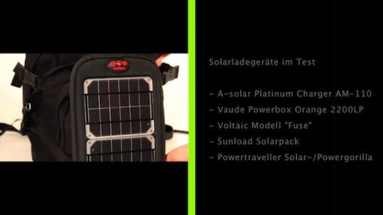 Im netzwelt-Test wurden fünf Solarladegeräte miteinander verglichen: der Platinum Charger AM-110 von A-solar, die Powerbox Orange 2200LP von Vaude, das Modell
