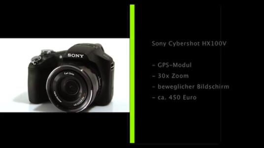 Mehr geht nicht: Sony stattet die Bridgekamera Cybershot HX100V unter anderem mit einem beweglichen Bildschirm, einem GPS-Modul und einem Objektiv mit 30-fachem Zoom aus.
