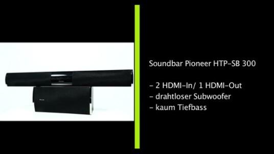 Mit einem Straßenpreis von derzeit knapp über 400 Euro stellt die Soundbar HTP-SB300 von Pioneer eine günstige Möglichkeit dar, Surround-Sound ins Wohnzimmer zu bringen ohne dafür gleich meterweise Kabel verlegen zu müssen. Im Test zeigen sich jedoch deutliche Schwächen.