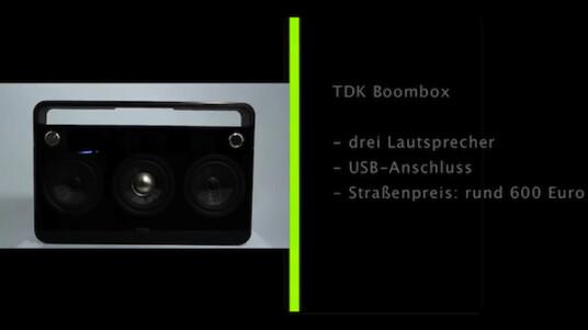 Der japanische Hersteller TDK lässt den Ghettoblaster wieder aufleben. Die Boom Box kombiniert digitale Abspieltechnik mit zeitgemäßer Optik und Bedienung.