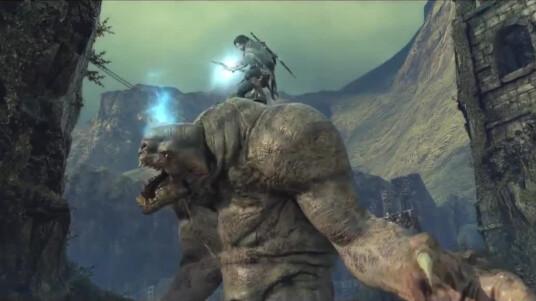 Mit diesem Trailer hat Publisher Warner Bros den ersten DLC zu Mittelerde: Mordors Schatten angekündigt. Die Erweiterung des Hauptspiels schickt euch auf Monster Jagd. Sauron hat riesige Bestien ausgesandt die es zu zähmen gilt. Gemeinsam mit Torvin dem Zwergen-Jäger nehmt ihr euch Saurons Schergen an. Neben neuen Missionen werden dem Spiel Reittiere hinzugefügt. Der kostenpflichtige Inhalt soll noch 2014 erscheinen.