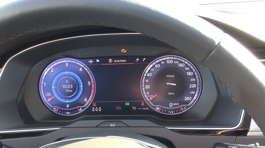 Cockpit-Display des neuen VW Passat - Videothumb