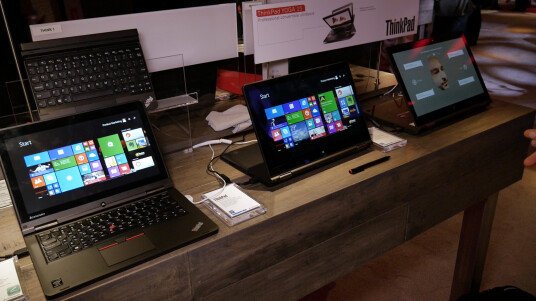 Wir werfen auf der CES einen genaueren Blick auf die drei aktuellen ThinkPad Yoga-Modelle von Lenovo.