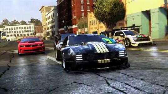 Wer damit liebäugelt, sich den Open World Racer The Crew anzuschaffen, kann mit dem Einmaleins-Trailer von Ubisoft vorab bereits etwas üben. Im Video erklären euch die Entwickler die Karte, die unterschiedlichen Rennklassen und einige andere Feinheiten des Rennspiels. The Crew erscheint am 02. Dezember 2014 für PC, PS4, Xbox One, PS3 und Xbox 360.