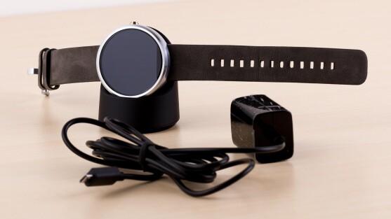 android wear ffnet google smartwatch os f r das iphone netzwelt. Black Bedroom Furniture Sets. Home Design Ideas