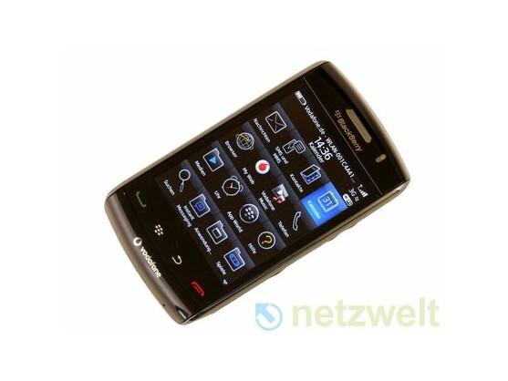 RIM Blackberry Storm 2 (9520): Die Neuauflage ist äußerlich vom Storm 1 kaum zu unterscheiden.