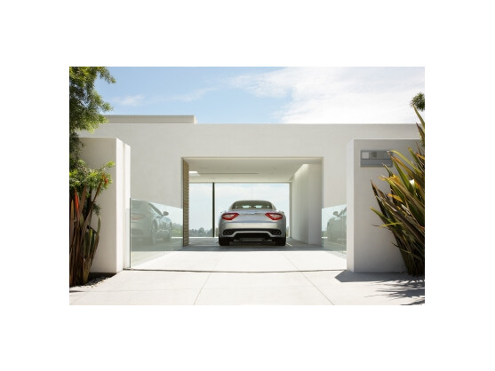 gadget globus das auto im wohnzimmer netzwelt. Black Bedroom Furniture Sets. Home Design Ideas