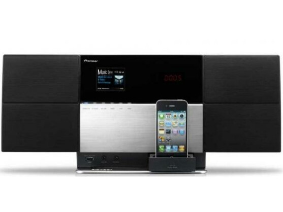 Alles drin: Pioneers neue Micro-Anlage X-SMC5 ist auch Airplay- und UPnP-fähig.
