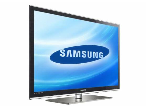 Mit eingebautem Kabel-, Satellit- und DVB-T-Tuner: Samsungs LED-TV UE32C6700. Bild: Samsung