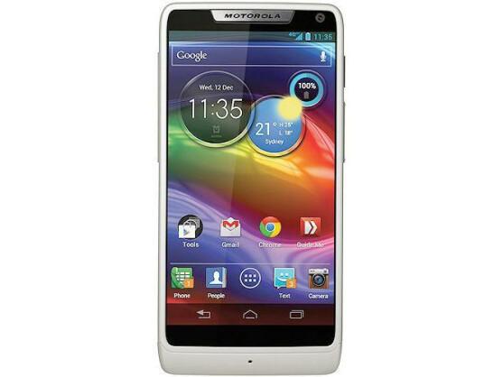 Ab Oktober für 400 Euro erhältlich: Motorola Razr i mit nahezu randlosem Display und Intel-Prozessor