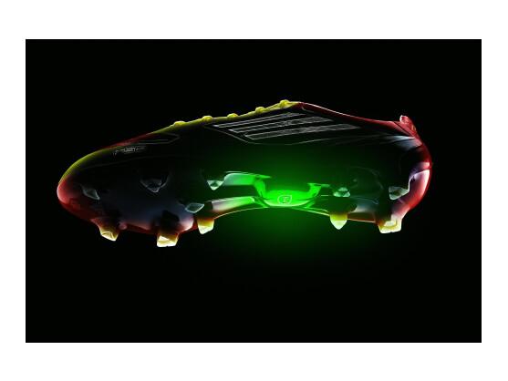 Der Adidas adizero f50 ist ein intelligenter Fußballschuh.