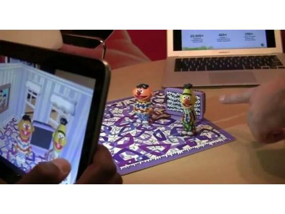 Augmented Reality in der Sesamstraße: Ernie und Bert erwachen auf dem iPad zum Leben.