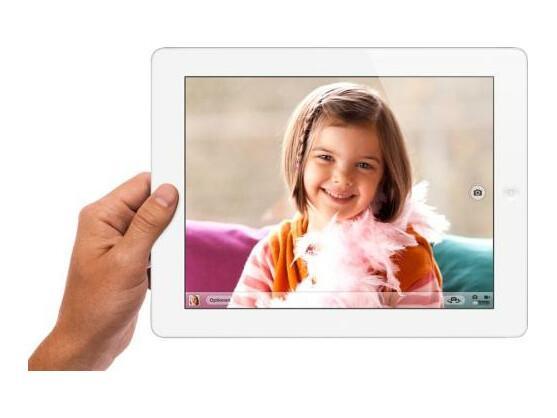 Hochauflösendes Display, neue Kamera, bessere Performance bietet das neue iPad. Ein LTE-Datenmodul ist verbaut, das aber auf anderen Frequenzen funkt, als sie hierzulande für den schnellen Mobilfunk genutzt werden.