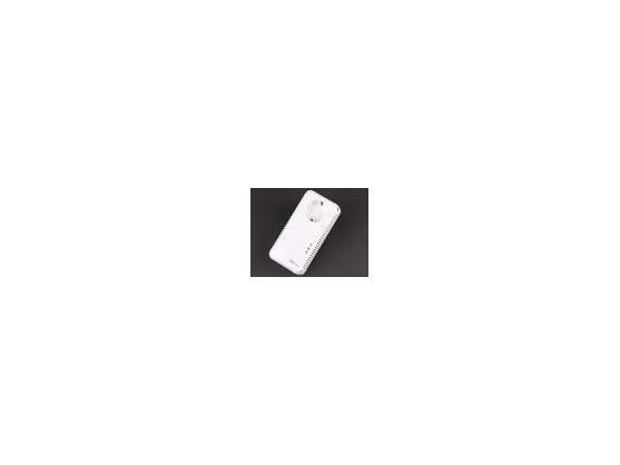 Der Aachener Hersteller Devolo baut in seinem Set dLAN 500 AVtriple+ eine Steckdose und einen Gigabit-Switch ein. Letzterer dient zum Anschluss weiterer Netzwerk-Geräte. Auch die Powerline-Software gefiel im Test.