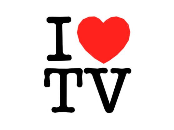 Zum Ehrentag des Fernsehers, ein Bild der Liebe und der Achtung.