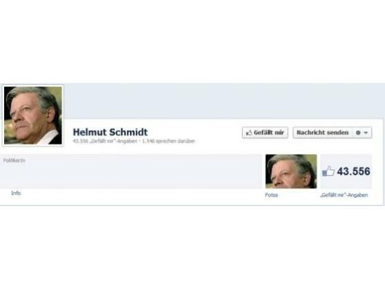 Helmut Schmidts Facebook-Seite gefällt über 40.000 Menschen, dennoch hat sich der Altbundeskanzler nie seine Seite zeigen lassen.