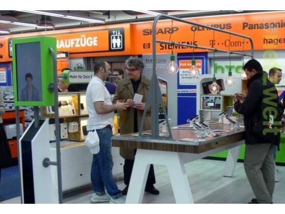 HTC präsentiert sich seinen Fans künftig in Hamburg mit einem eigenen Shop im Saturn-Markt auf der Mönckebergstraße.