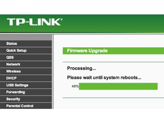 Die Installation von DD-WRT erfolgt ganz einfach über die alte Firmware des Routers.