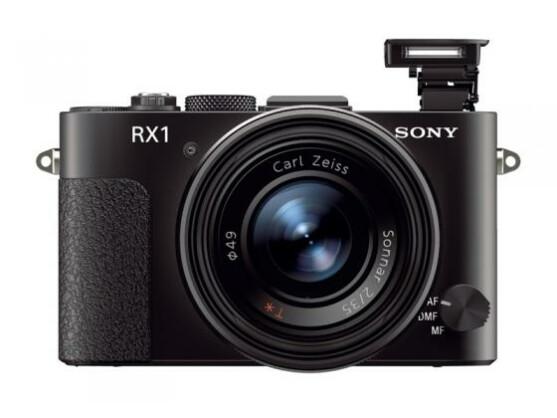 Kompaktkamera für Profis: Sonys DSC RX1 arbeitet mit einem Vollformatsensor und einem Zeiss-Objektiv.