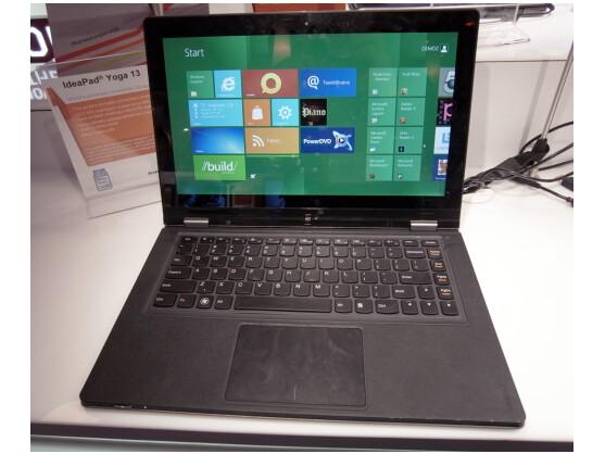 Das Lenovo IdeaPad Yoga lässt sich auch in ein Tablet verwandeln.