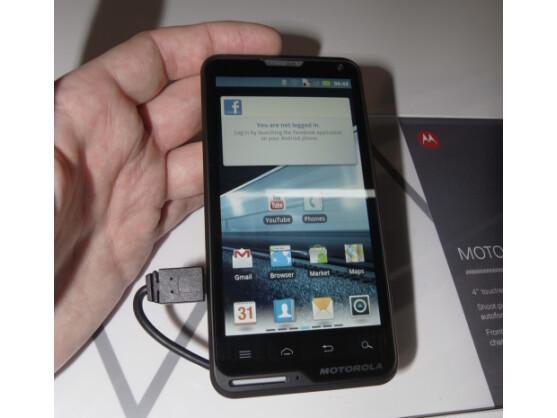 Das Motorola Motoluxe kommt in Deutschland im März auf den Markt.