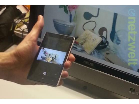Nokias Photobeamer-App überträgt Bilder von Handys auf jedes internetfähige Gerät.